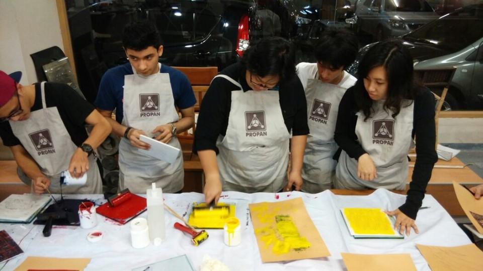 Workshop Mahasiswa Furniture Binus University