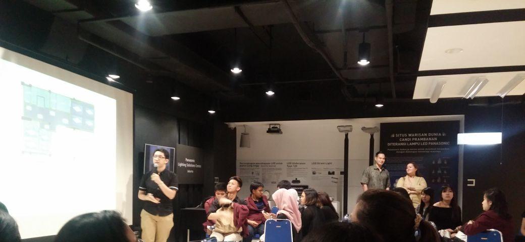 PERANCANGAN INTERIOR  INTERNATIONAL BRIDAL HOUSE DI JAKARTA