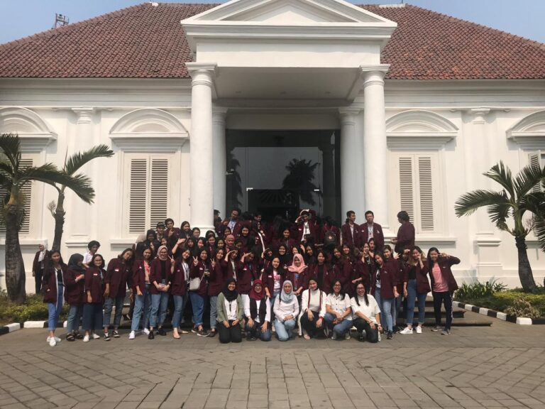 Museum Trip to Museum Macan and National Gallery